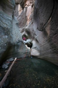 Ken By Slot Canyon Pool